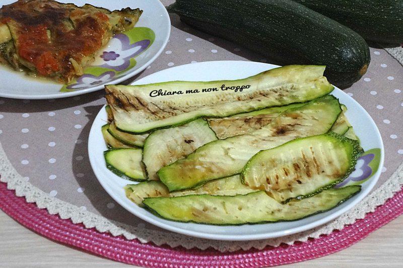 Zucchine grigliate fresche e leggere