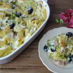 Pasta al forno con zucchine e olive nere