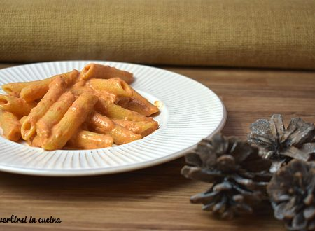 Pasta cremosa robiola e pomodoro