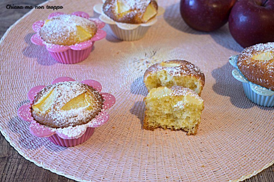 Ricetta Muffin Di Mele.Muffin Alle Mele Sofficissimi Chiara Ma Non Troppo