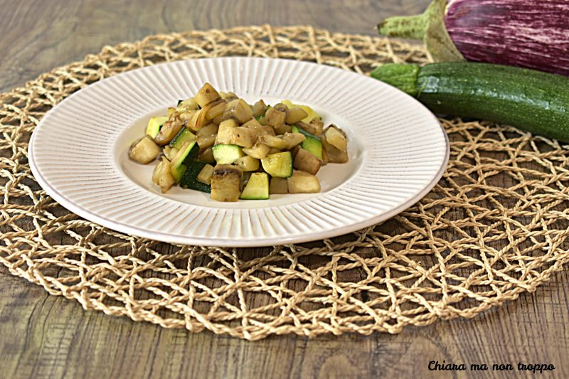 Melanzane e zucchine in padella