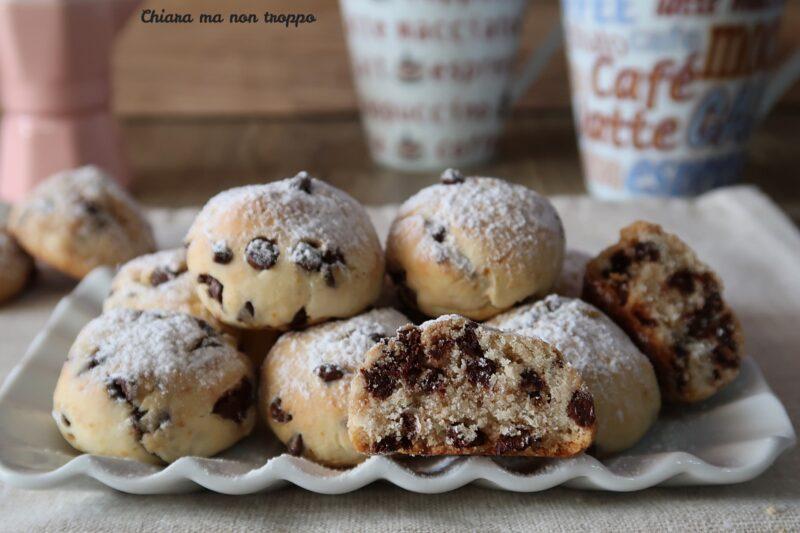 Biscotti cocco e gocce di cioccolato