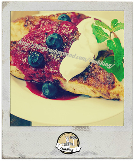 french-toast-con salsa yogurt&mirtilli CookKING