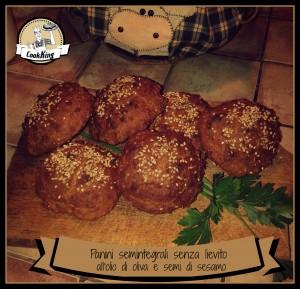 Panini semintegrali senza lievito all'olio di oliva e semi di sesamo - CookKING