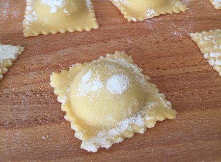 Ravioli ripieni di patate e tartufo
