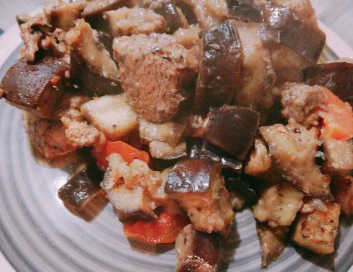 Petto di pollo al forno con melanzane e pomodorini