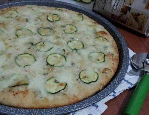 Pizza Bianca Zucchina e Gorgonzola
