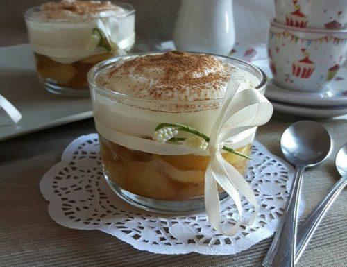Vasetti di Mele con Crema Formaggio e Yogurt