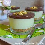 Cheesecake pistacchio e cioccolato al cucchiaio