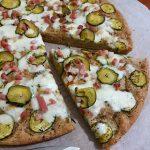 Focaccia rustica con zucchina,speck e mozzarella