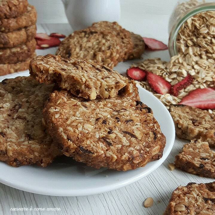 Biscotti con avena e farina integrale | Cucinare è come amare