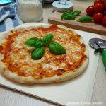 Pizza margherita fatta in casa