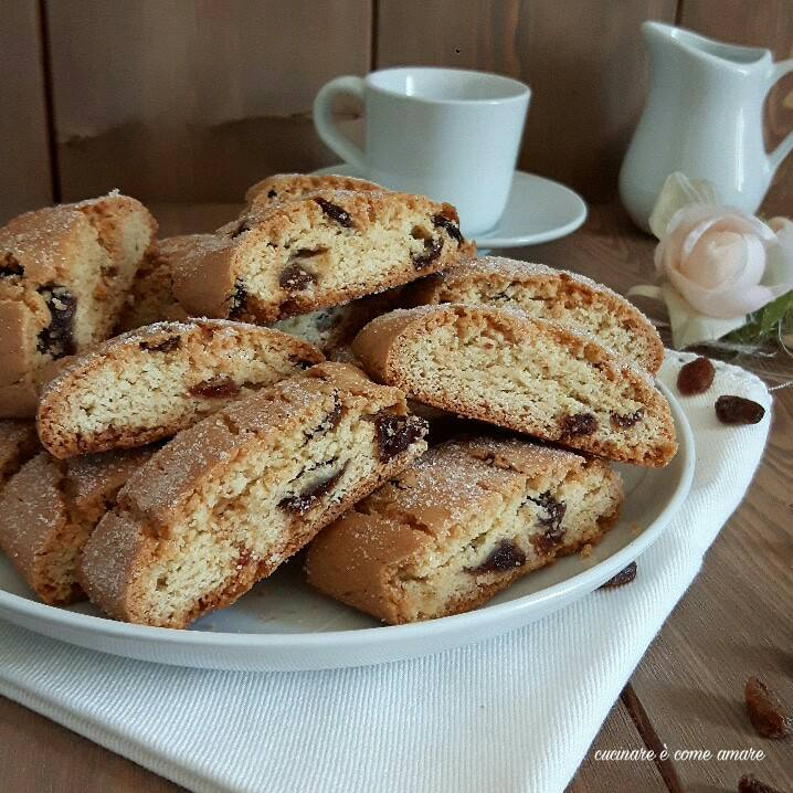 Biscotti semplici da latte con uvetta cucinare come amare - Cose semplici da cucinare ...