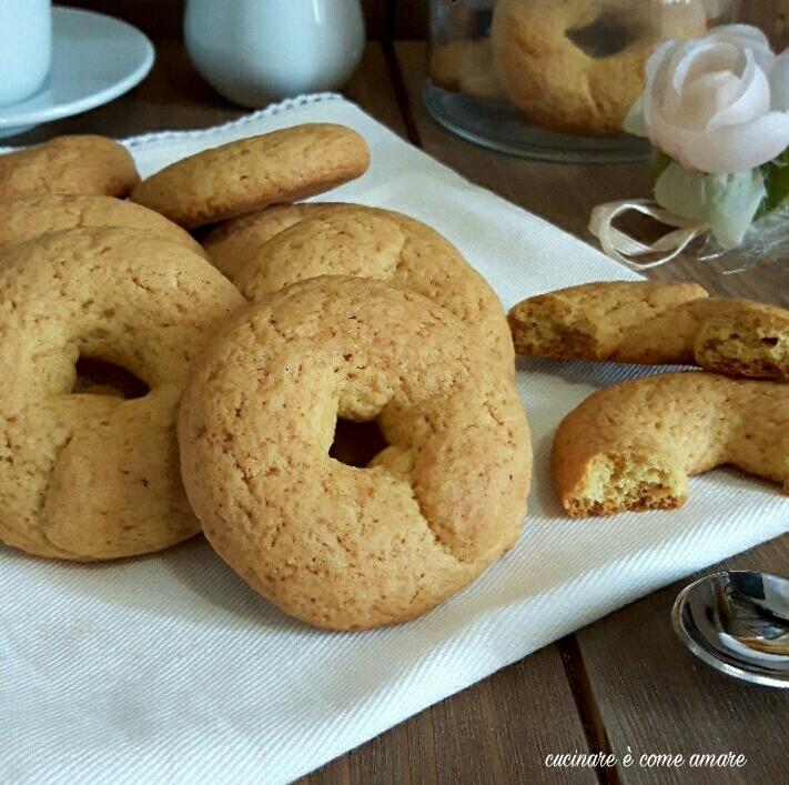 biscotto ciambella con farina di mais
