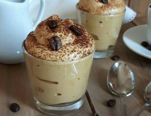 MOUSSE CREMA FREDDA al caffe senza panna senza cottura