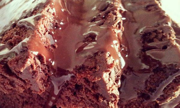 TORTA CHOCOLATE con ganache al cioccolato