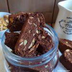 BISCOTTO CANTUCCIO cacao noci e mandorla