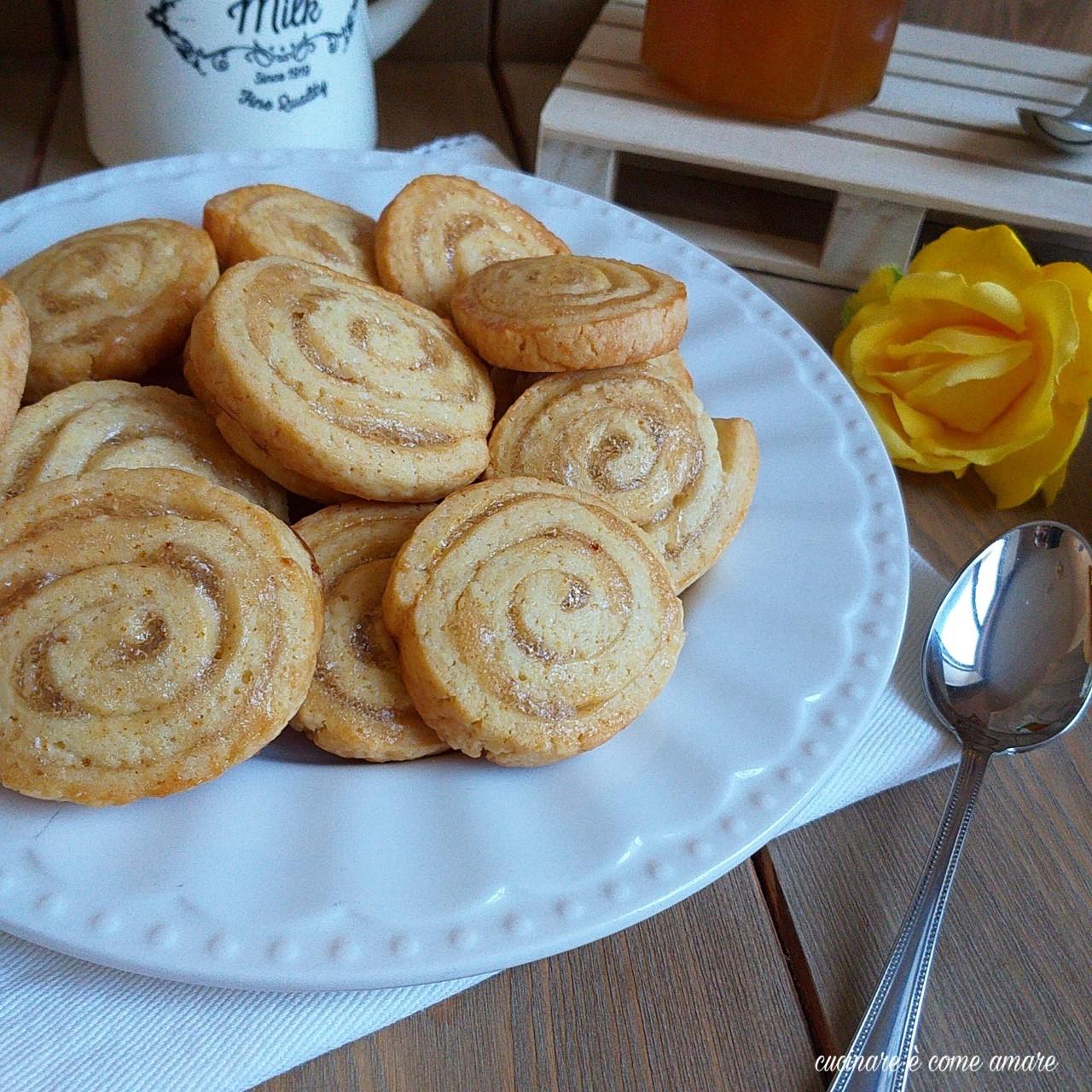 biscotto girella con marmellata