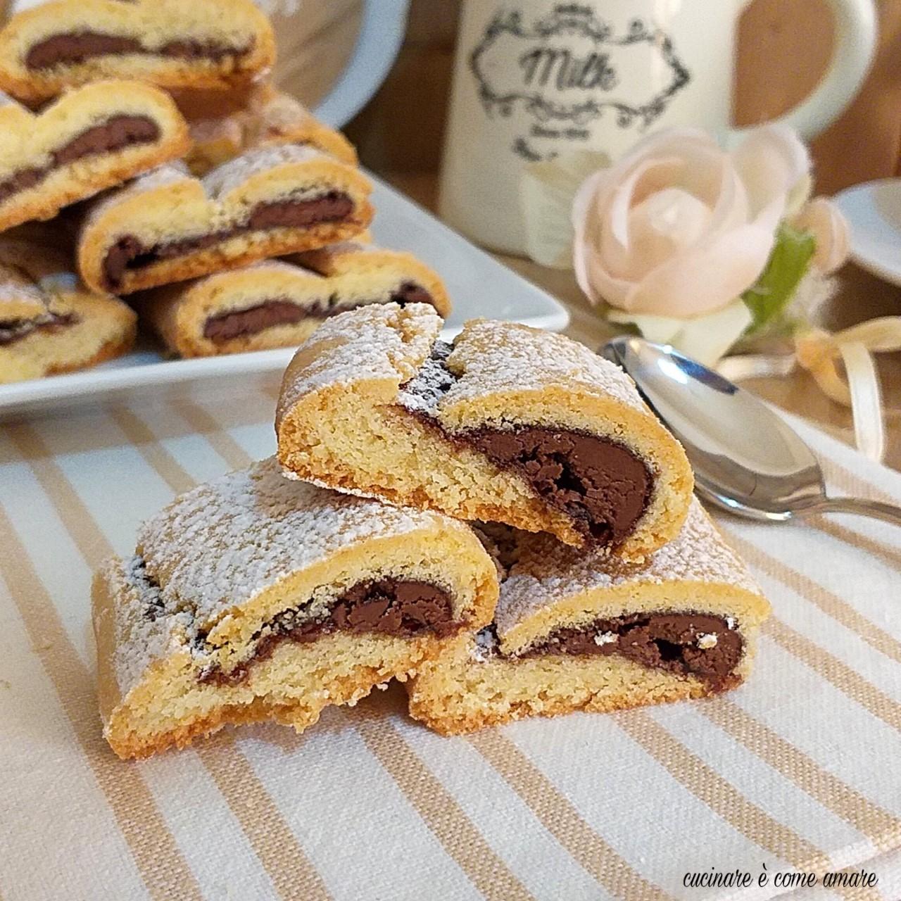 biscotto nascondino alla nutella