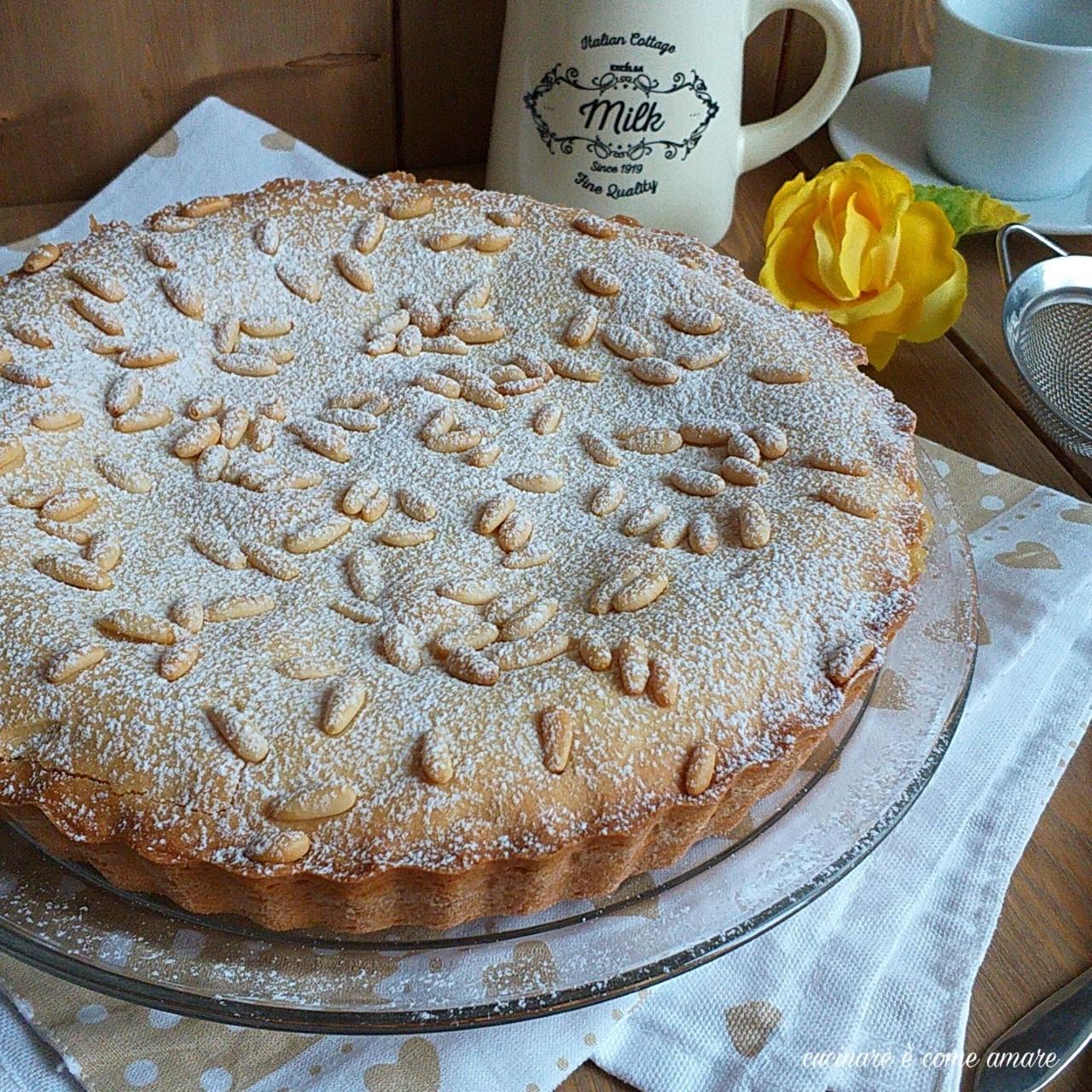 torta con pinoli e mela