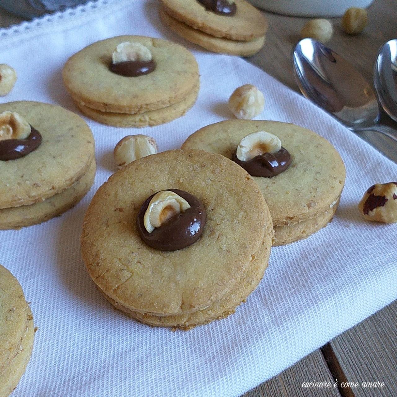 biscotto friabilissimo nocciole e nutella