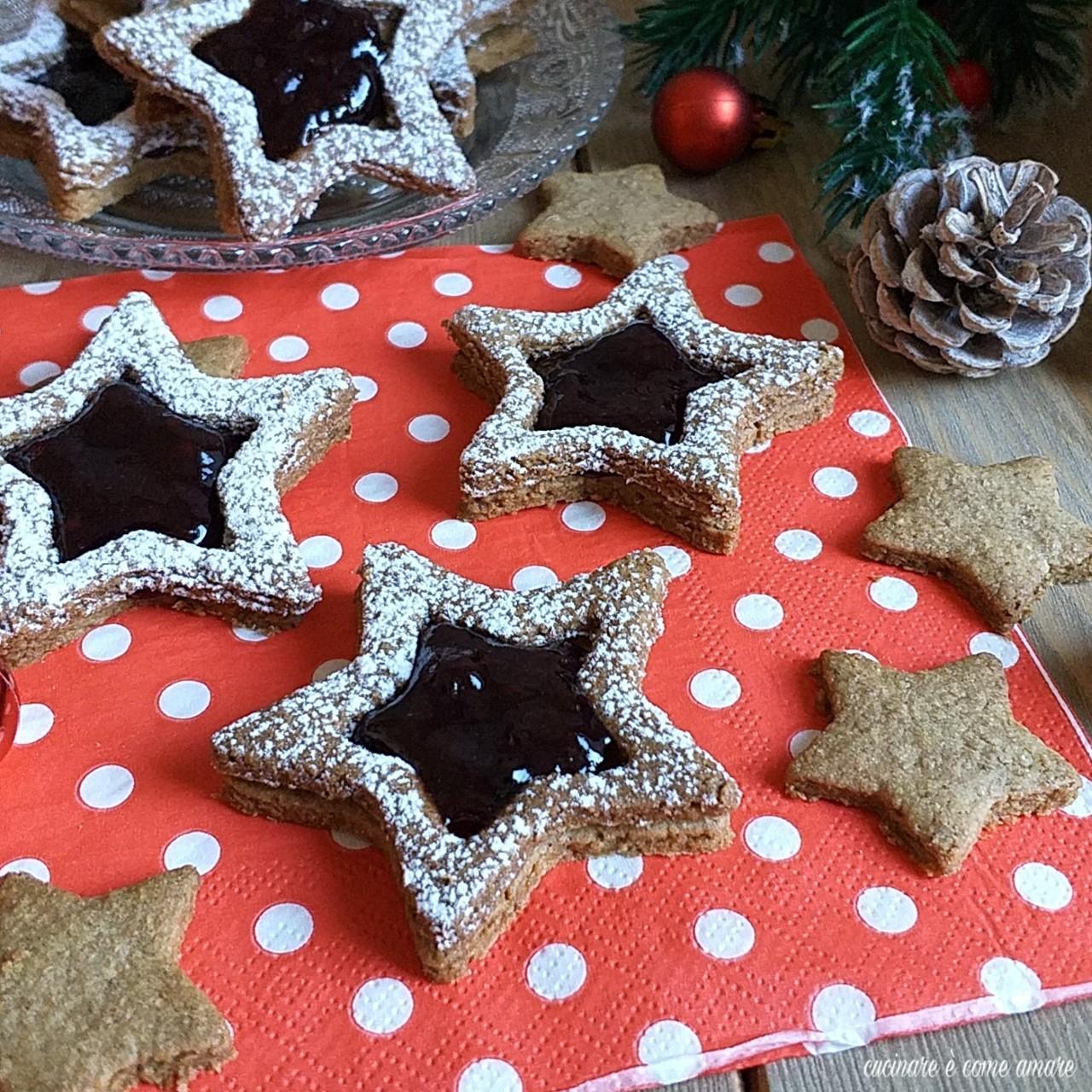 Biscotti Di Natale Con Marmellata.Biscotto Speziato Con Marmellata