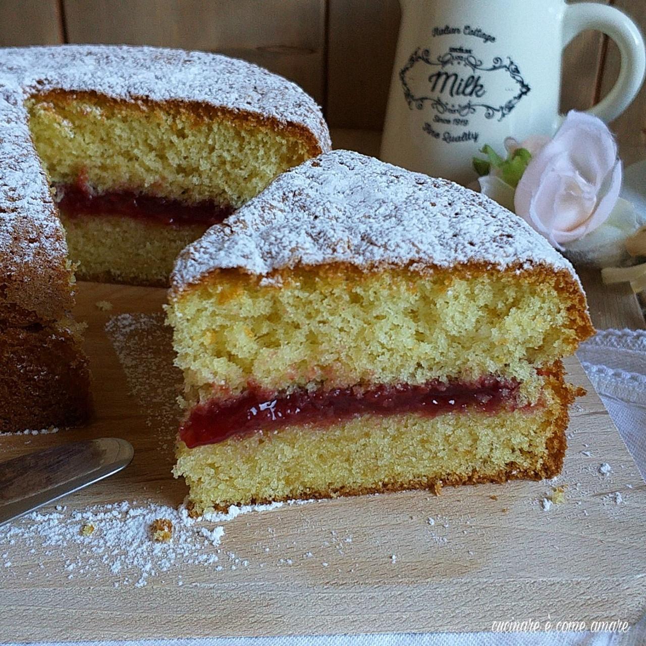 torta morbidella con marmellata