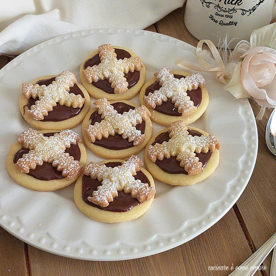 biscotto finta crostatina alla nutella