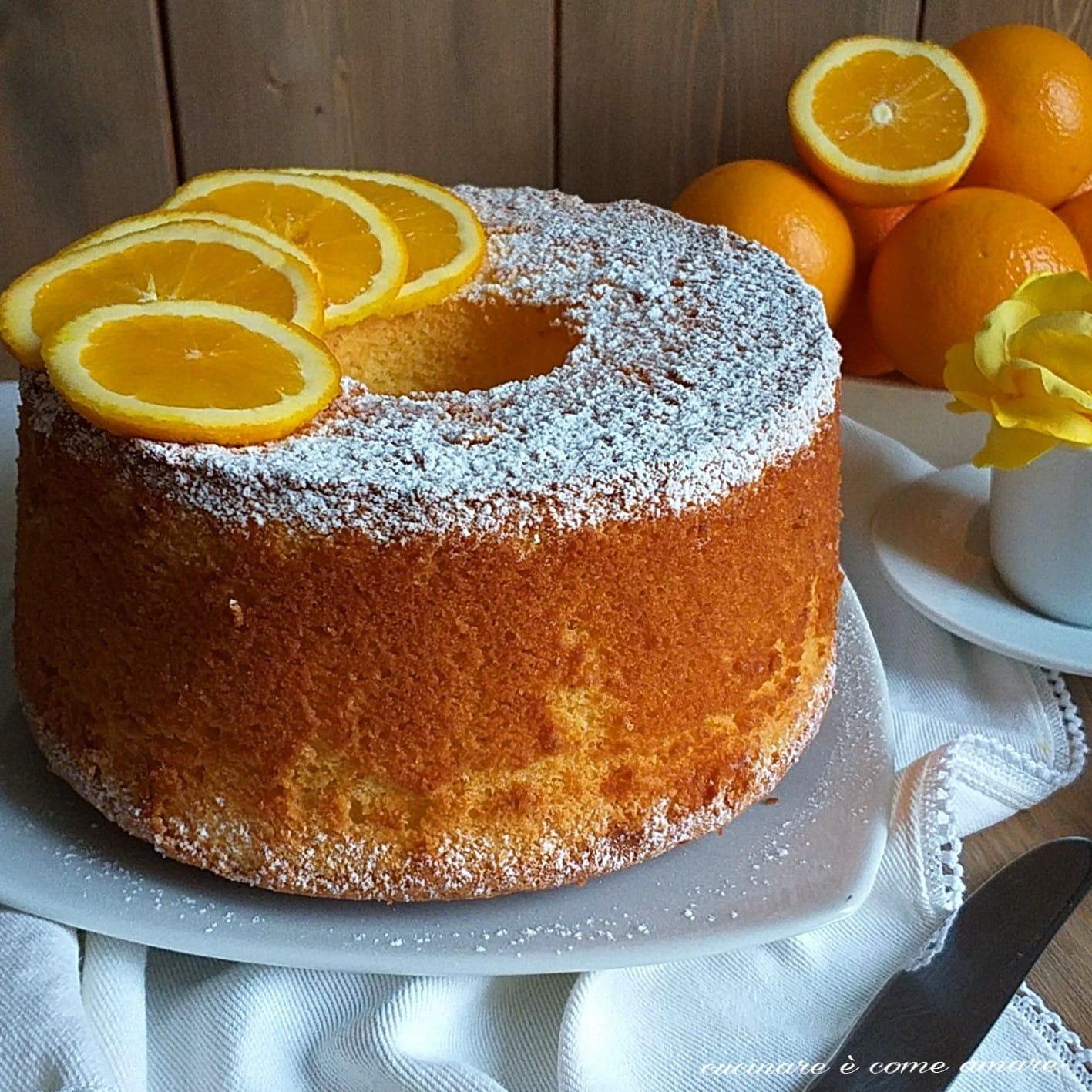 torta dolce fluffosa all'arancia