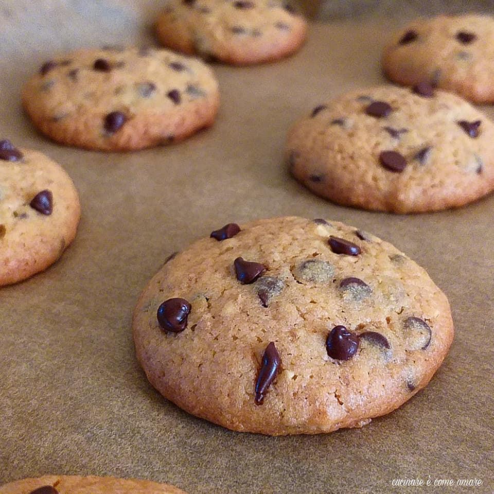 Ricetta Cookies Facile E Veloce.Biscotto Cookies Veloce Con Cioccolato Cucinare E Come Amare