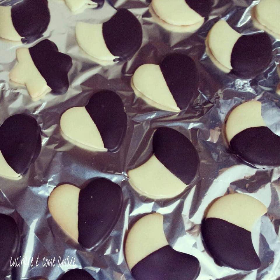 biscotto al burro con glassa cioccolato