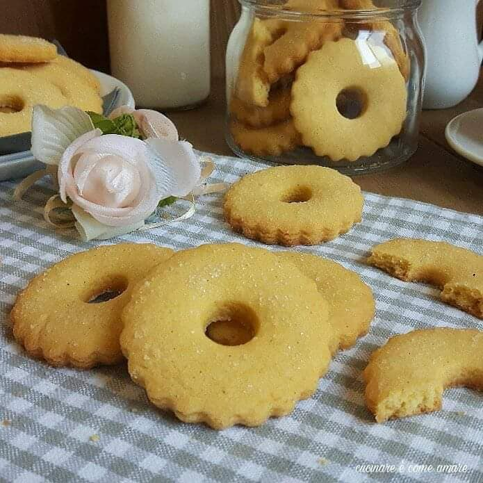 biscotto dolce semplice al burro