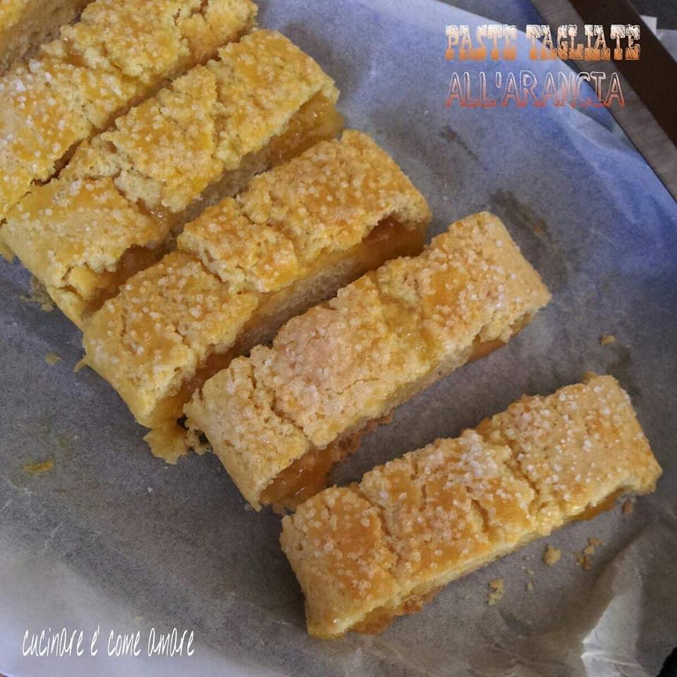 biscotto strudel ripieno all'arancia