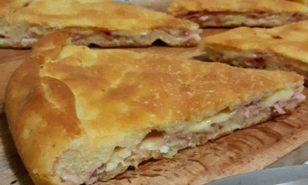 IMPASTO PIZZA CON RIPIENO prosciutto mozzarella