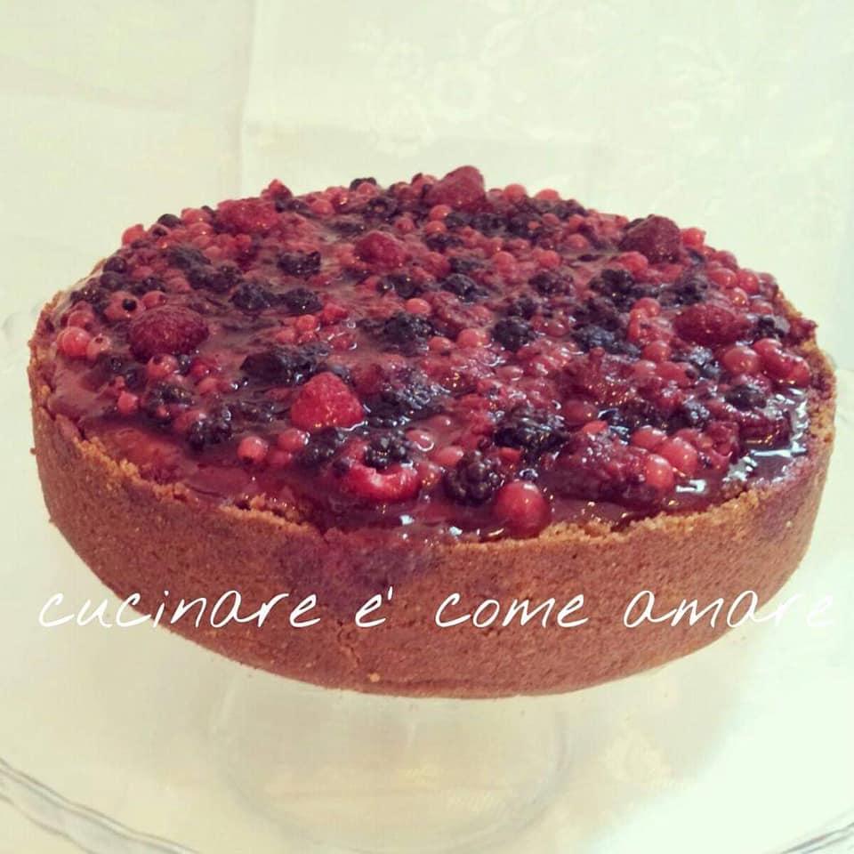 torta cheesecake di ricotta ai frutti rossi