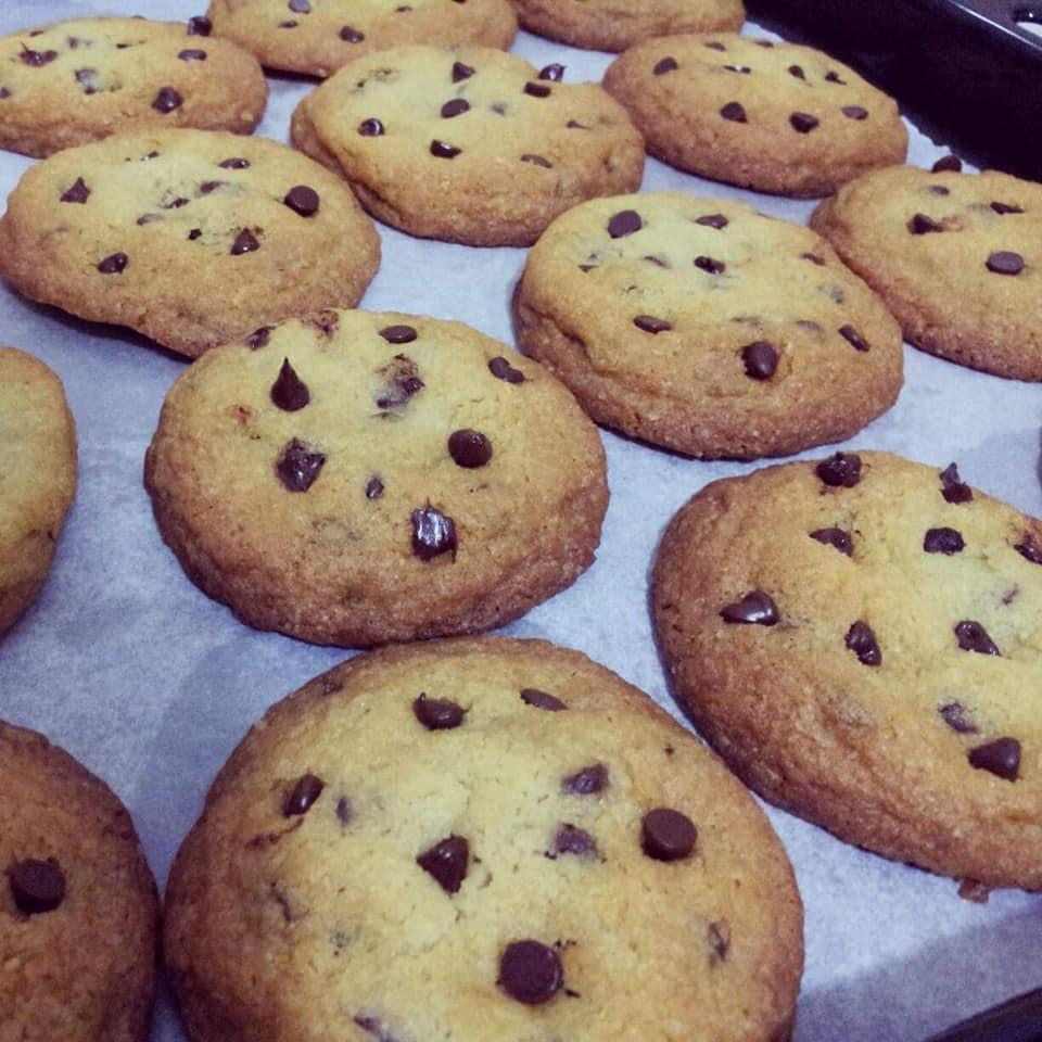 biscotto dolce goccioloso con cioccolato