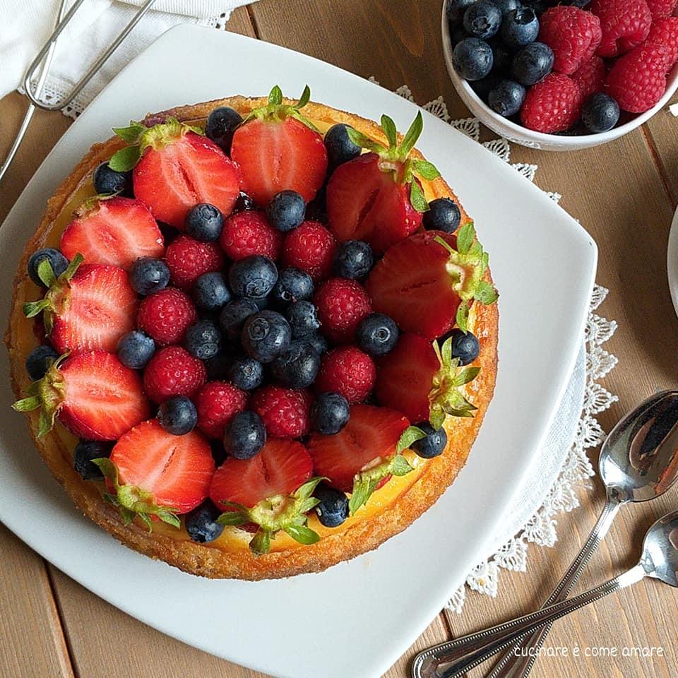 cheesecake dolce ricotta e frutti di bosco