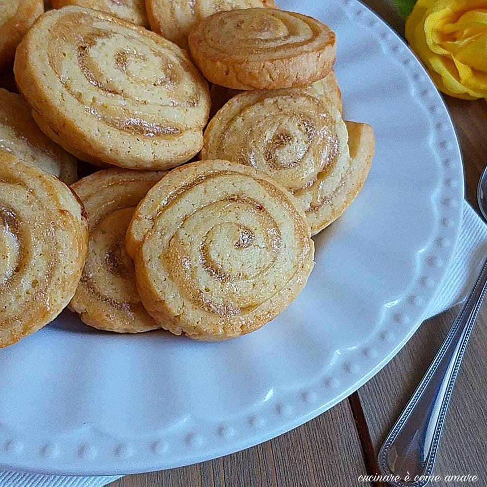 biscotto girella semintegrale ripieno marmellata