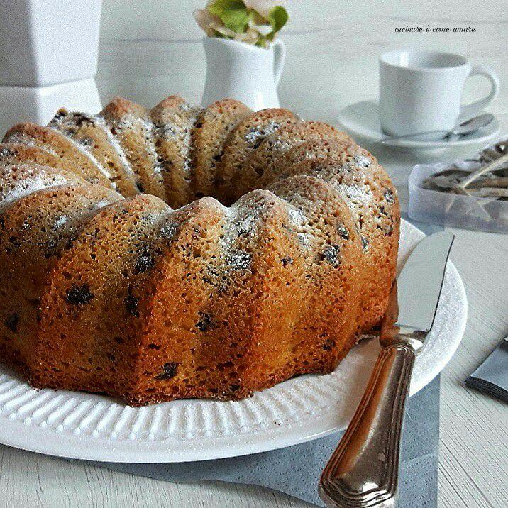 torta ciambella al caffe' mandorla cioccolato