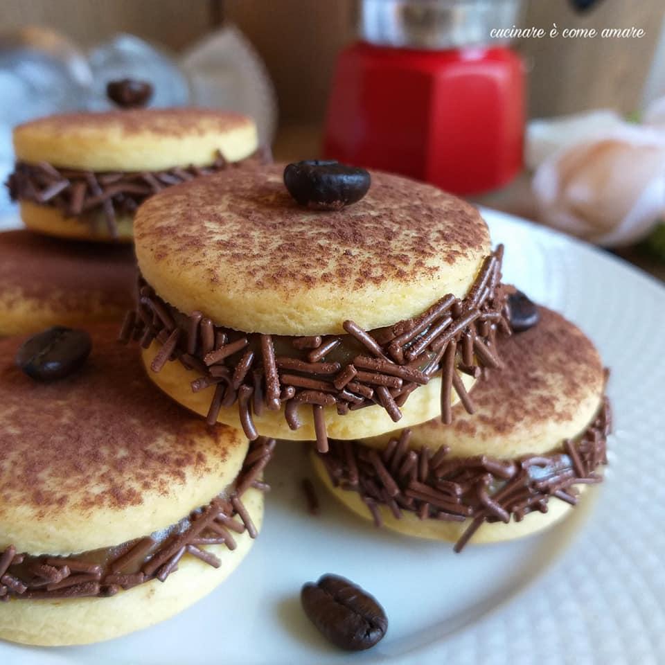 biscotto delizia con ripieno crema caffe'