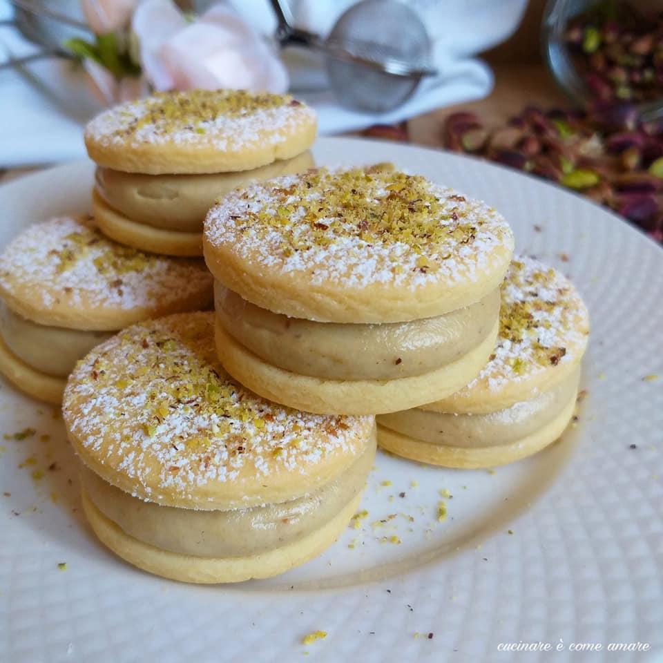 biscotto paradiso al pistacchio ripieno goloso