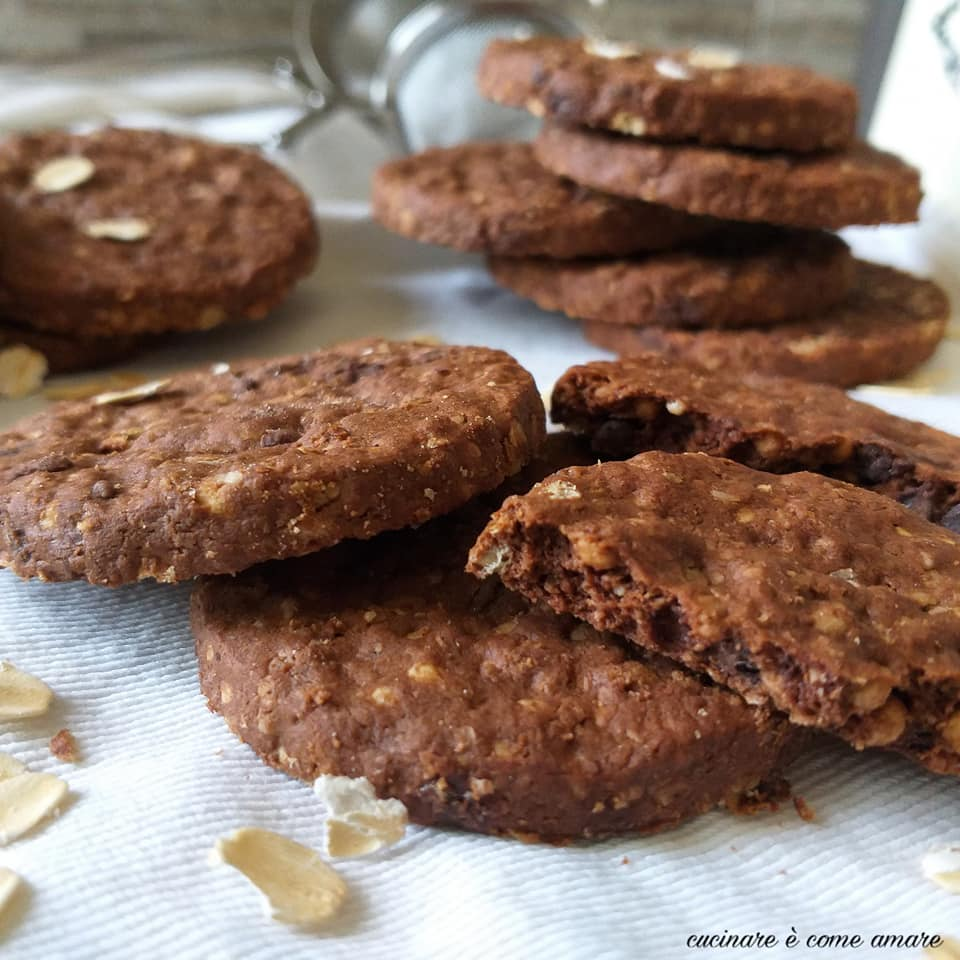 biscotto tipo grancereale al cacao