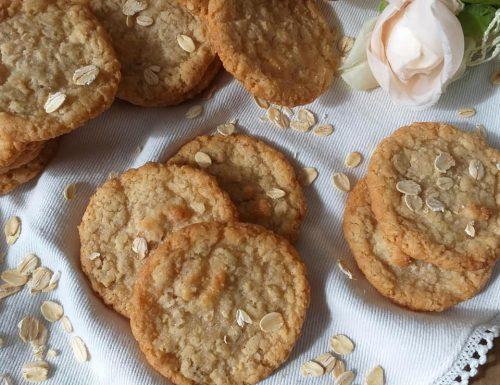 BISCOTTO COOKIES ALL'AVENA dolce facile