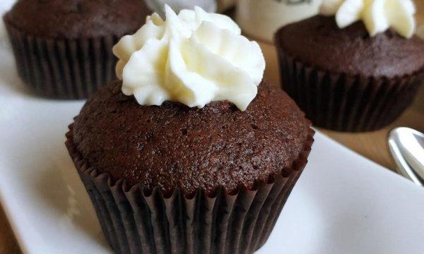 DOLCE MUFFIN MINI TORTA al cacao con crema