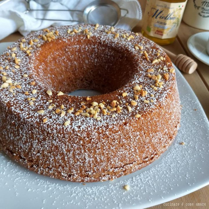 torta ciambella nocciole e miele dolce soffice