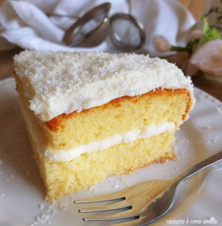 torta delizia di cocco dolce ripieno