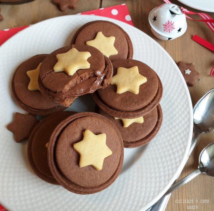 biscotto biscostella al cacao ripieno nutella