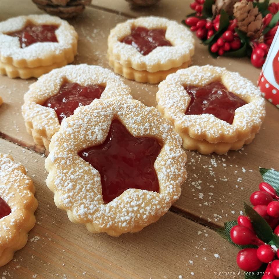 Dolci Di Natale Biscotti.Biscotto Di Natale Alla Marmellata Dolce Ripieno Cucinare E Come Amare