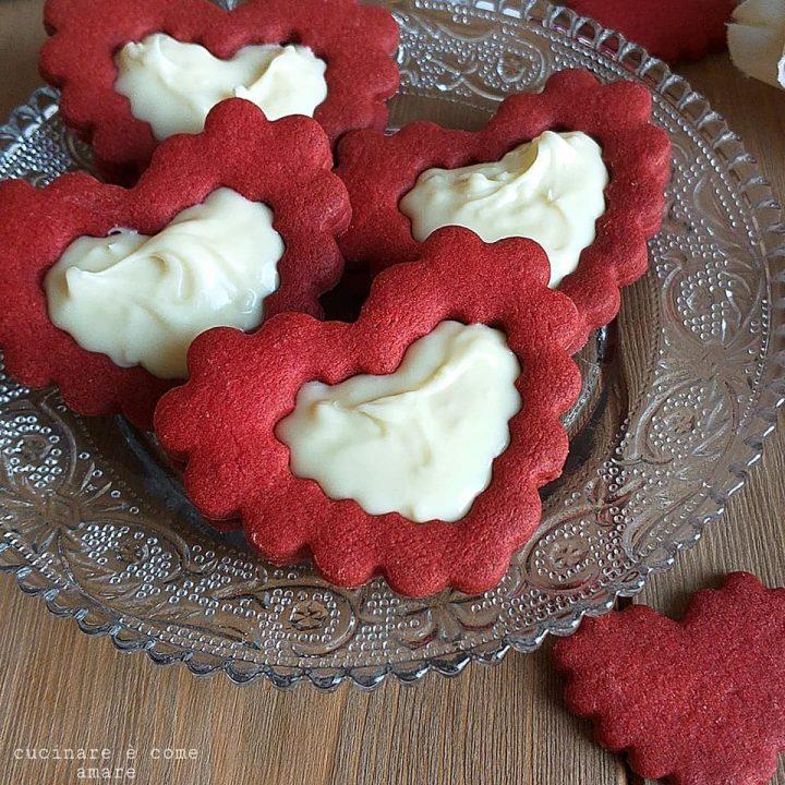 biscotto rosso natale cuore ripieno