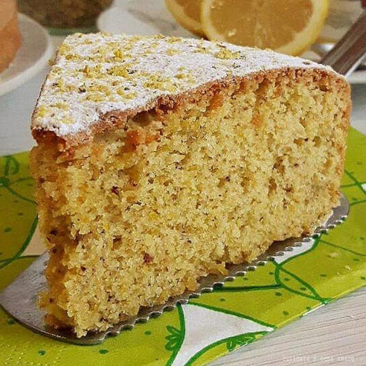 torta di limone e nocciole dolce soffice